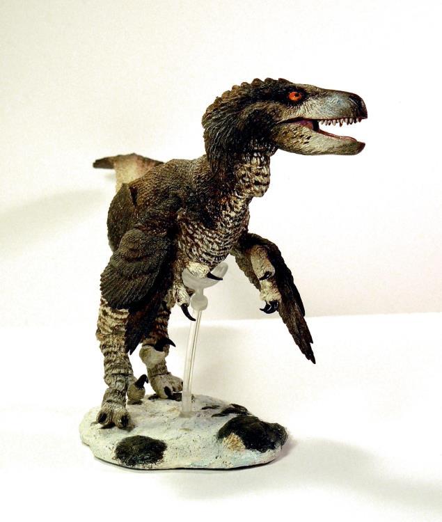 Beasts of the Mesozoic Dromaeosaurus Albertensi Deluxe 1:6 Scale Raptor Figurine