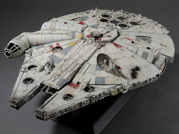 Star Wars PG 1/72 Millennium Falcon (Standard Edition) Model Kit