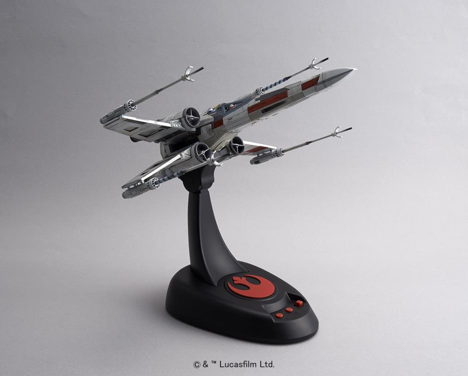 Bandai Star Wars X-Wing Starfighter Moving Edition 1//48 Scale Plastic Maquette