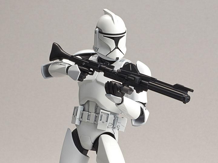 Star Wars Clone Trooper 1/12 Scale Model Kit Gallery Image 1