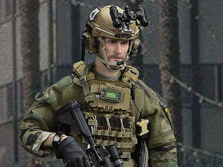 Radio /& Headset for Easy/&Simple ES 26027 MSOT MARSOC RAIDER 1//6th Scale 12/'/' New