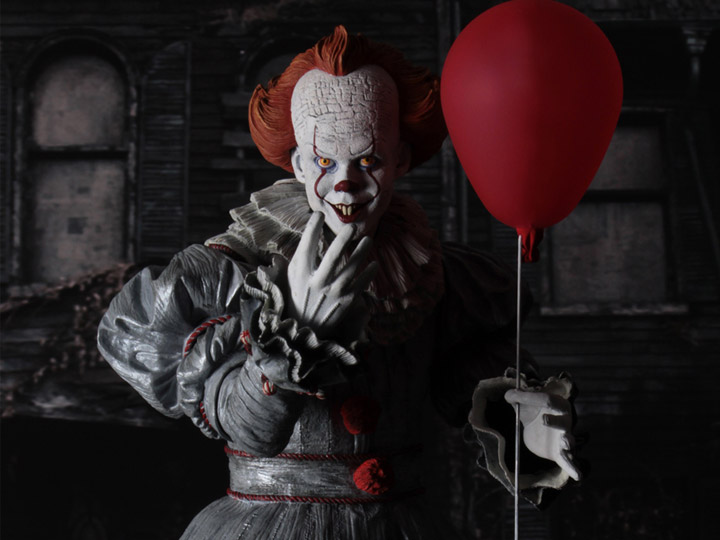 Neca Pennywise 2017 Figure 1 4 Scale Pennywise