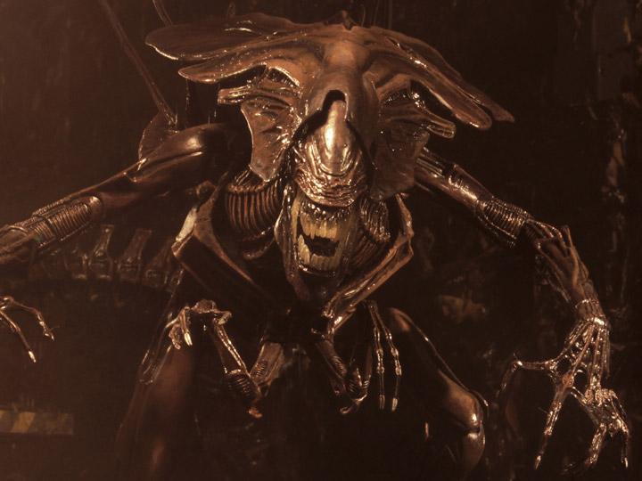 Aliens Ultra Deluxe Actionfigur Alien Resurrection Alien Queen