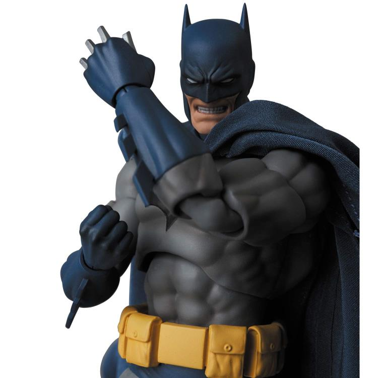 Batman Hush Mafex No 105 Batman Action Figure Toy