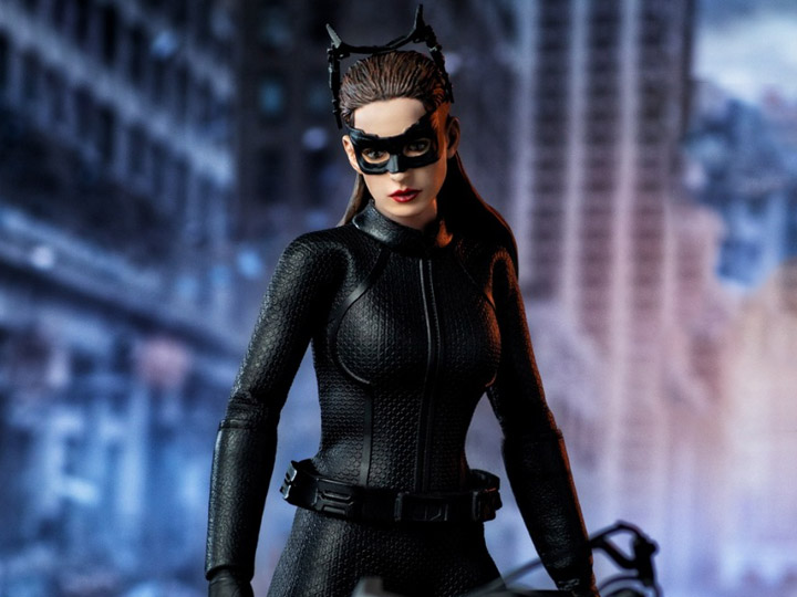 The Dark Knight Rises Catwoman 1 12 Scale Figure