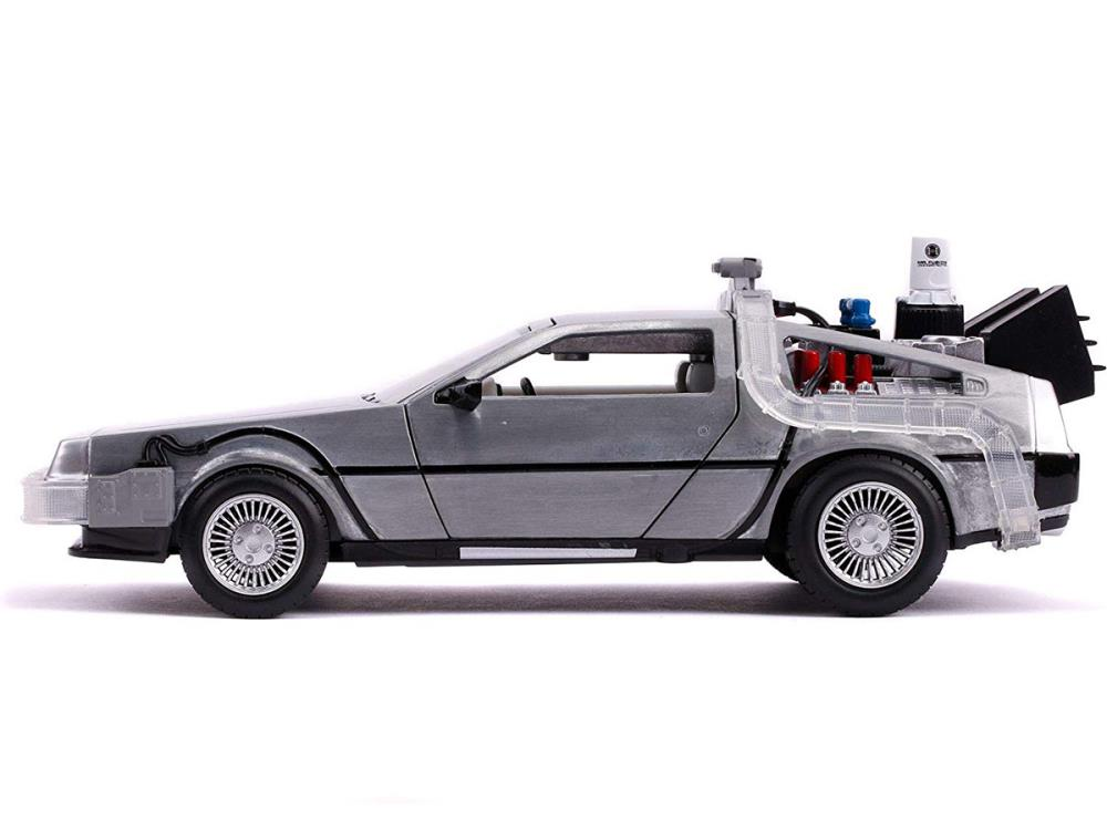 Jada 1:24 Hollywood Rides Back To The Future II Time Machine with Lights 31468
