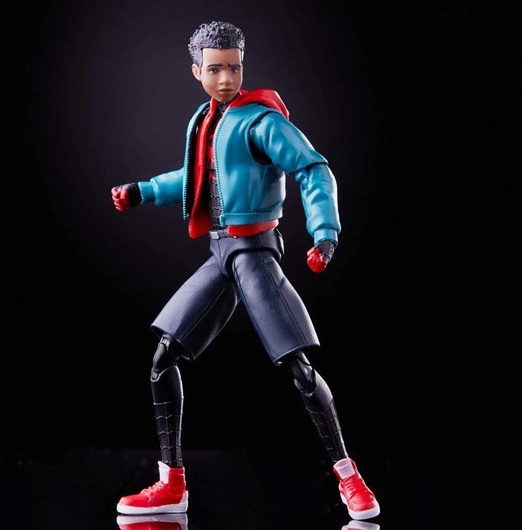 Spider-Man: Into the Spider-Verse Marvel Legends Miles Morales (Stilt-Man BAF) Gallery Image 2