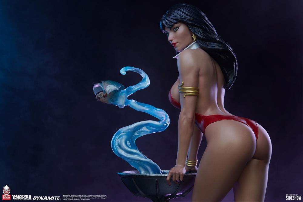 Premium Collectibles Studio : Vampirella 1:3 Scale Statue 4b995735-a080-4348-8927-e48027add23a