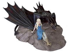 Game of Thrones - Daenerys With Drogon Statuette