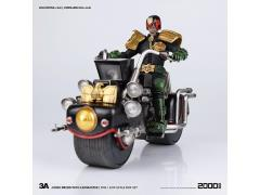 1:12 Scale Judge Dredd Action Figure With Lawmaster MK1