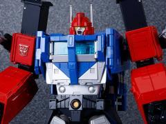 Transformers Masterpiece MP-31 Delta Magnus (Diaclone)