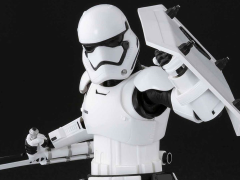 Star Wars S.H.Figuarts First Order Riot Control Stormtrooper (The Force Awakens)