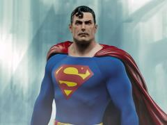 DC Comics Premium Format Superman