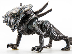 Aliens: Colonial Marines Xenomorph Crusher 1:18 Scale Action Figure