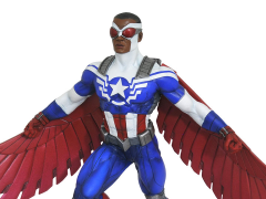 Marvel Gallery Captain America (Sam Wilson) Figure