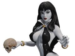 Women of Dynamite Vampirella Bust by Arthur Adams (Black & White)