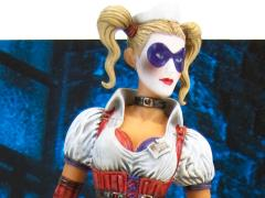 Batman Arkham Asylum Premium Motion Statue - Harley Quinn