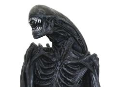 Alien: Covenant Xenomorph Bust Bank