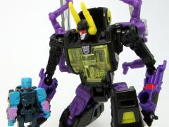 Transformers Legends LG47 Kickback & Clouder