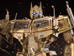Transformers Generation 1 Premium Masterline Optimus Prime Statue (Gold Ver.)