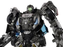 Transformers: The Lost Age 10th Anniversary MB-15 Lockdown Figure