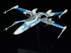 Star Wars Blue Squadron Resistance X-Wing Fighter (The Last Jedi) 1/72 Scale Model Kit