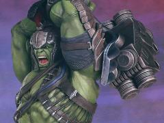 Thor: Ragnarok Collector's Gallery Hulk Statue
