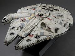 Star Wars PG 1/72 Millennium Falcon (Standard Edition) Model Kit