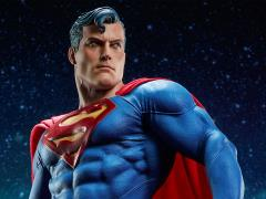 DC Comics Premium Format Superman