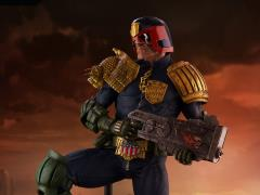 Judge Dredd 1/3 Scale Statue