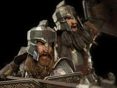 The Hobbit Dwarf Soldiers of The Iron Hills 1/6 Scale Statue
