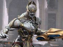 The Avengers MMS227 Chitauri Commander 1/6th Scale Collectible Figure + $150 BBTS Store Credit Bonus