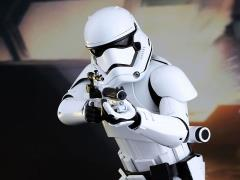 Star Wars: The Force Awakens MMS317 First Order Stormtrooper 1/6th Scale Collectible Figure + $125 BBTS Store Credit Bonus