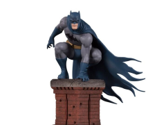 DC Comics Bat Family Batman Multi-Part Statue Diorama