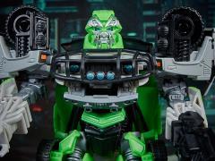 Transformers Studio Series 16 Deluxe Ratchet