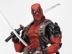 Marvel Classics Deadpool 1/2 Scale Figure