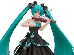 Vocaloid Hatsune Miku (Symphony 2017 Ver.) 1/8 Scale Figure