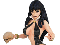 Women of Dynamite Vampirella Bust by Arthur Adams (Black & Blood) Artist Proof