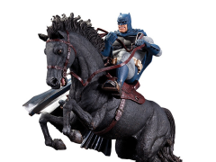The Dark Knight Returns: Call to Arms Limited Edition Mini Battle Statue