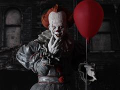 IT (2017) Pennywise 1/4 Scale Figure