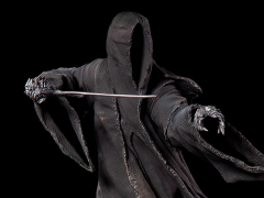 The Lord of the Rings Battle Diorama Series Attacking Nazgul 1/10 Art Scale Limited Edition Statue