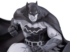 Batman Black and White Limited Edition Statue (Joe Madureira)