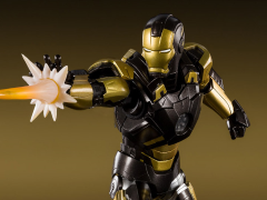Iron Man 3 S.H.Figuarts Iron Man Mark XX Python Armor Exclusive