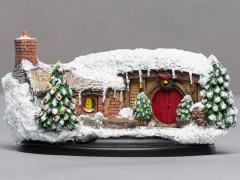 The Hobbit 35 Bagshot Row Hobbit Hole (Christmas) Diorama