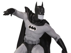 Batman Black and White Limited Edition Statue (Gene Colan)