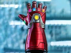 Avengers: Endgame LMS007 Nano Gauntlet Life-Size Collectible