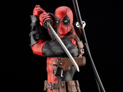 Marvel Deadpool (Maximum Effort) Fine Art Statue