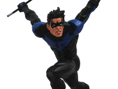 DC Gallery Nightwing Figure