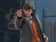 Fantastic Beasts: The Crimes of Grindelwald MMS512 Newt Scamander 1/6th Scale Collectible Figure