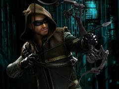 Arrow (TV Series) Real Master Series Green Arrow 2.0 Deluxe 1/8 Scale Figure